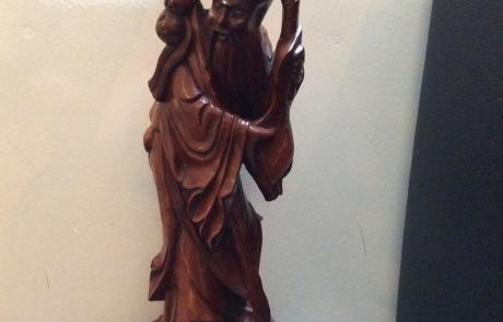 Boeddha hout staand